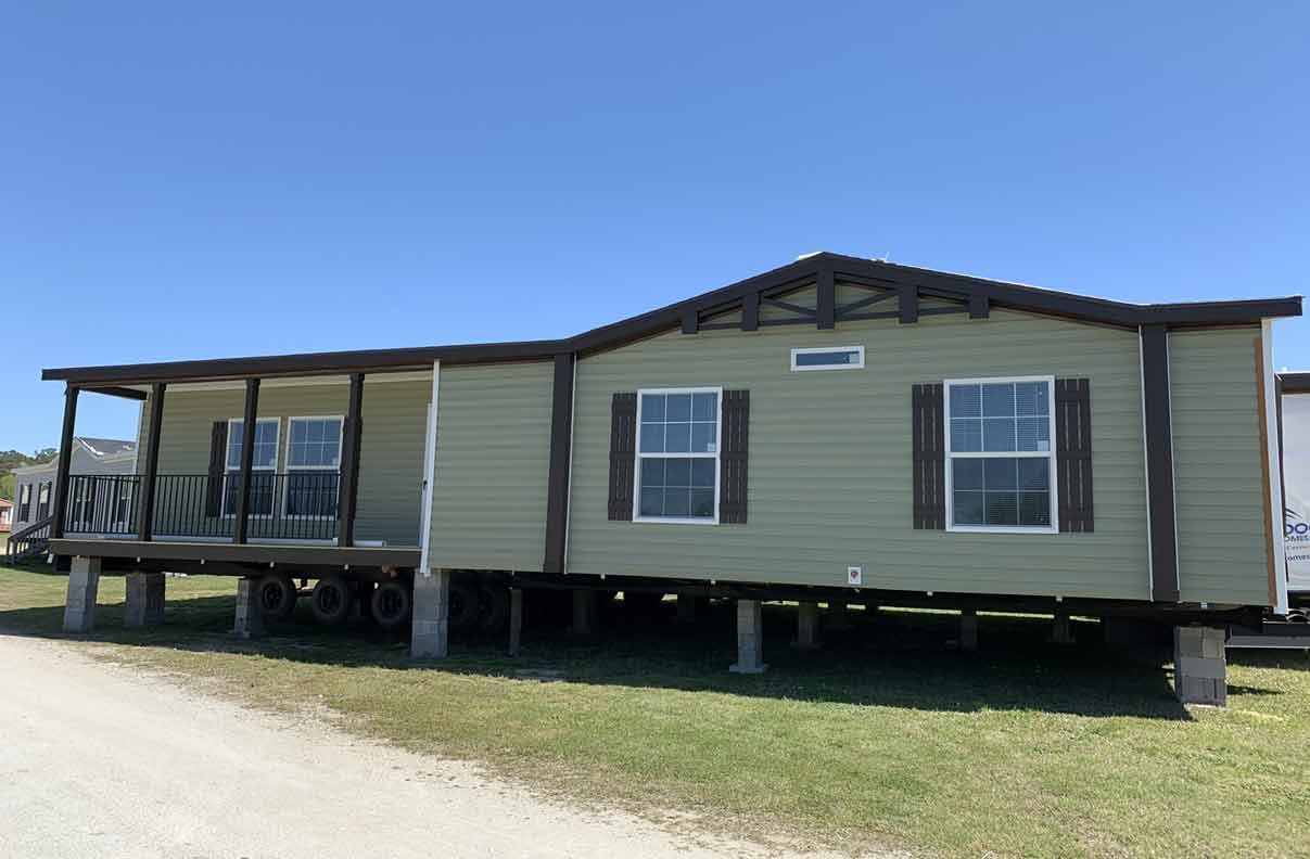 Cabin 3 Bed Manufactured Home